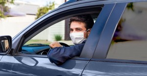 Faro Airport Transfers driver with face mask